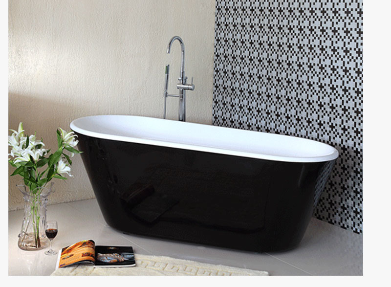 - Freestanding bath tub