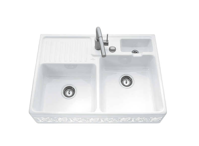 Nostalgia meets function: the classical Butler Sink is a timelessly attractive character piece for the kitchen - create your dream Hampton?s style kitchen. Enjoy peace-of-mind knowing that your Villeroy & Boch kitchen sink is made to handle the day-to-day of a busy kitchen
