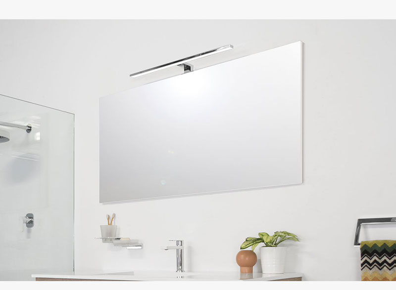 With the Daylight's large range of sizes and an integrated overhead light